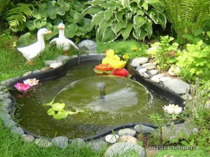 Цветник возле фонтана. Что лучше посадить