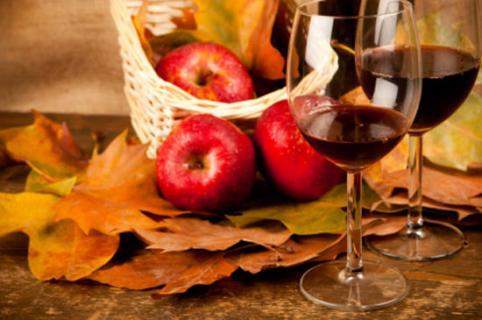 Как сделать вино из фруктов и ягод?